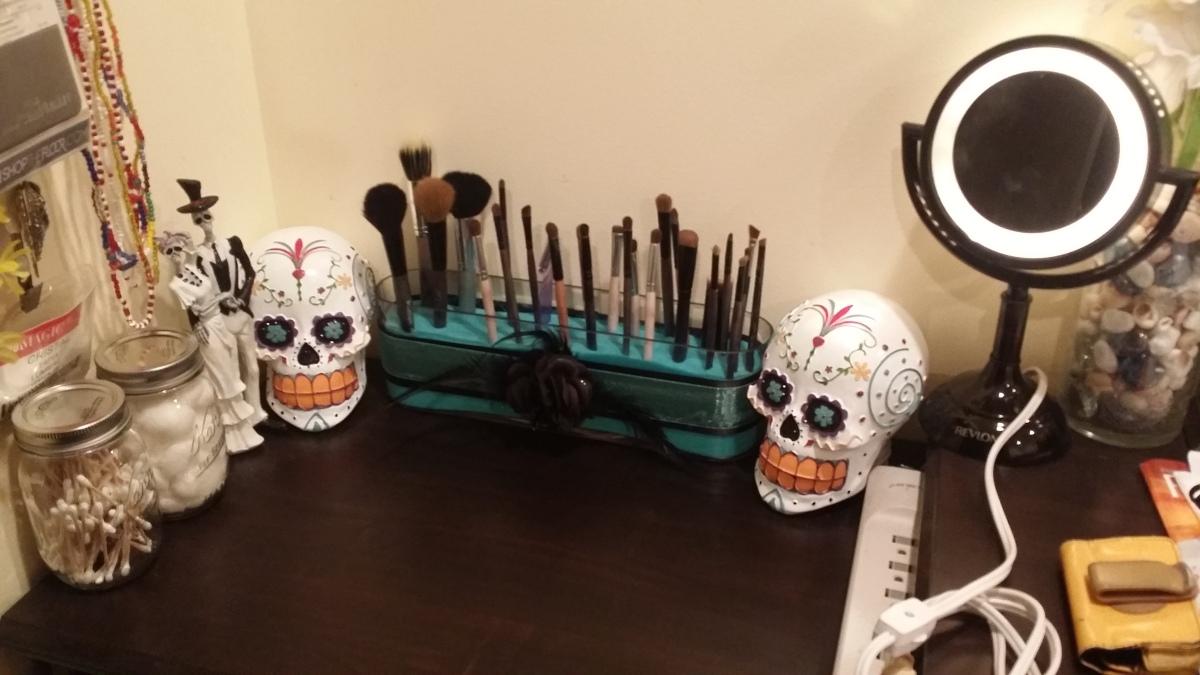 Diy Makeup Brush Holder Knocturnal Makeup